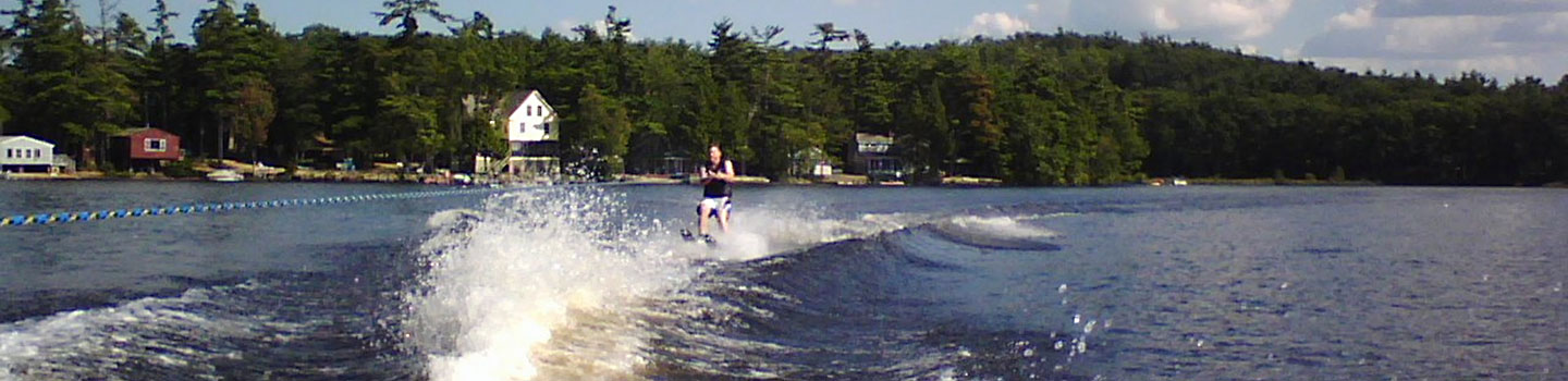 someone-waterskiing.jpg